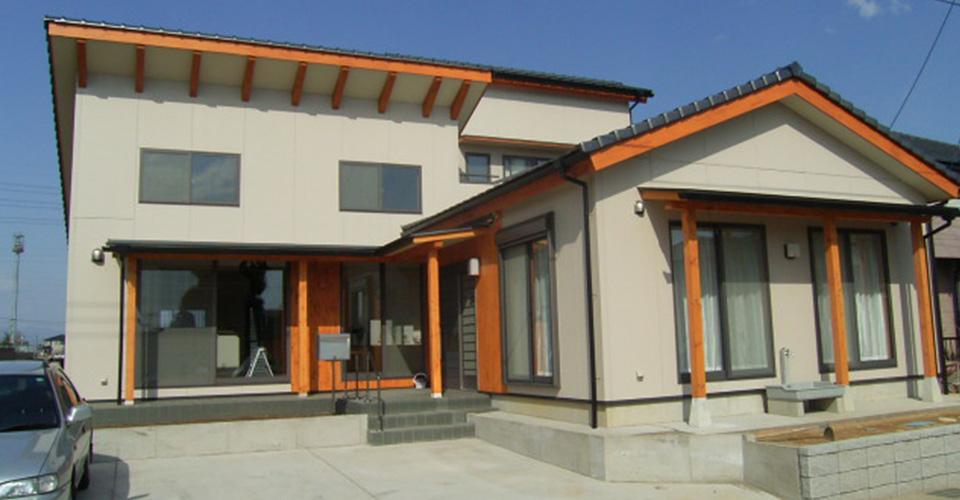 境町のL型の家